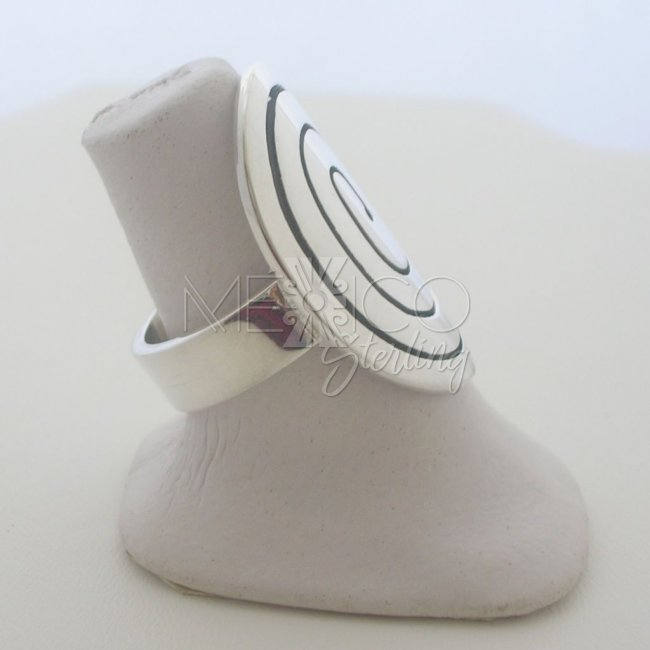 Contemporary Mexican Sterling Silver Ring