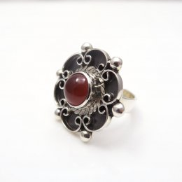 Silver Carnelian Romantic Flower Ring