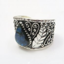 Silver Labradorite Jungle Cuff