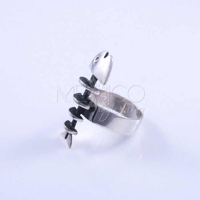 Artisan Silver Fish Skeleton Ring