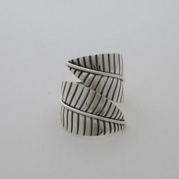 Mexican Sterling Silver Ring with Nature Motif