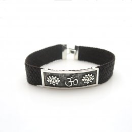 Silver and leather Tranquility Bracelet