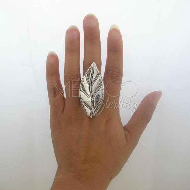 Mexican Silver Ring with Leave Shape