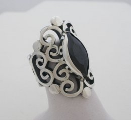 Mexican Sterling Silver Ring with Faceted onyx Gemstone