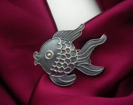 Silver Decorative Margot de Taxco Molds Fish Brooch-Pendant