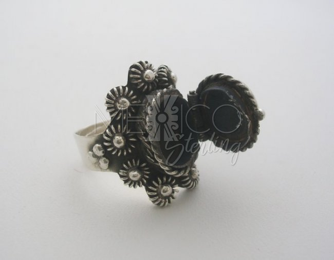 Artisan, Adjustable Taxco Silver and Onyx Filigree Poison Ring