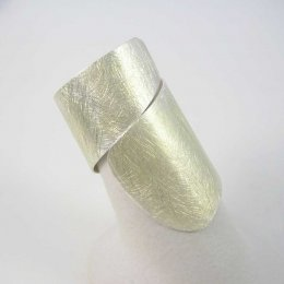 Great Silver Walls Taxco Ring