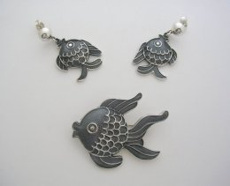 Silver Decorative Margot de Taxco Molds Fish Earrings