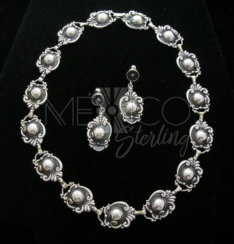 Margot De Taxco Molds Silver Necklace
