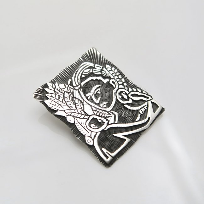 Silver Dreaming of Frida Pendant Brooch