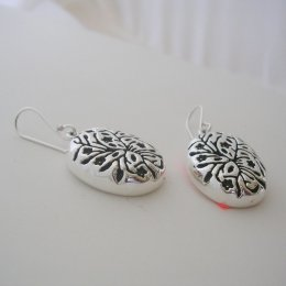 Silver 925 Earrings and Carved Vine Shapes