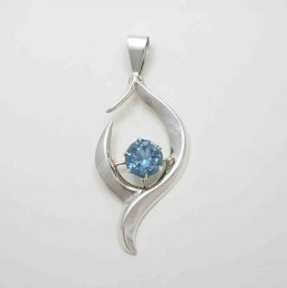 Vintage Sterling Silver and Zirconia Pendant