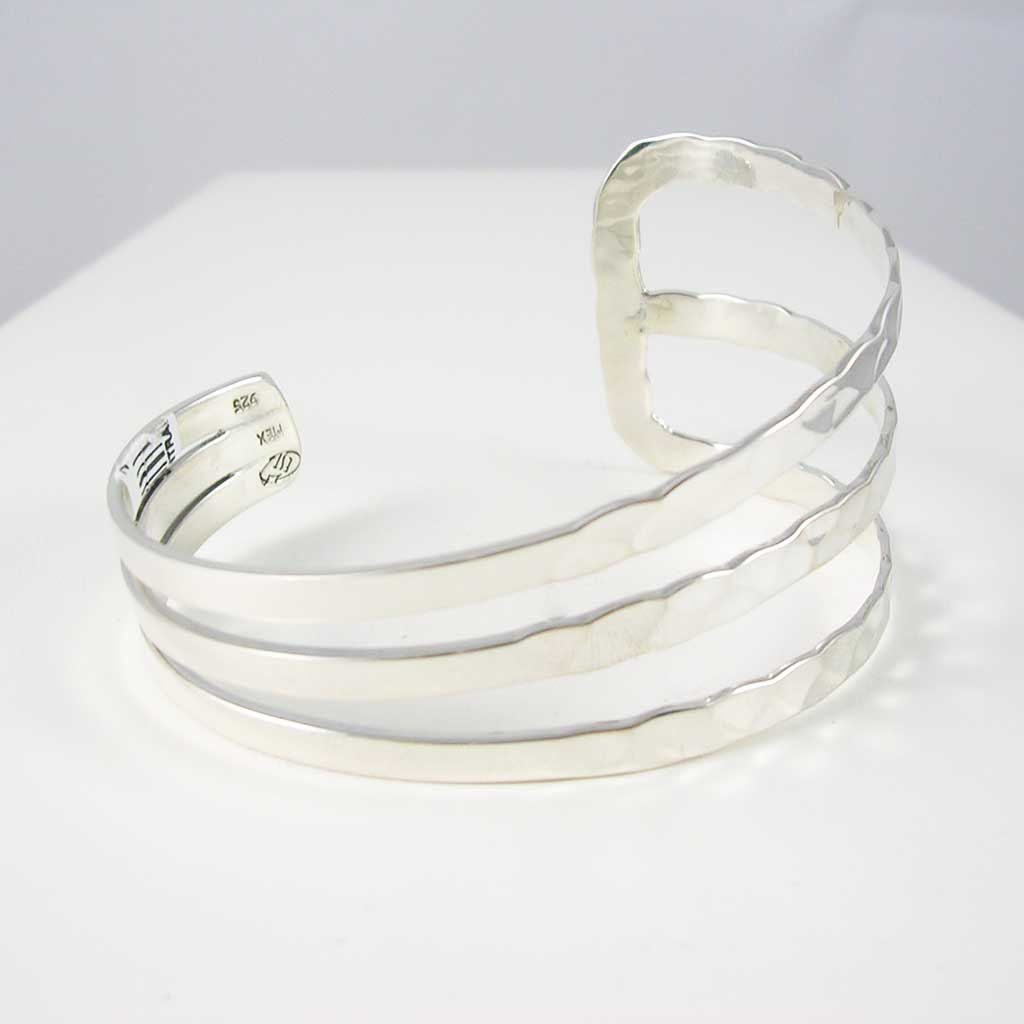 Majestic Waves Taxco Silver Cuff
