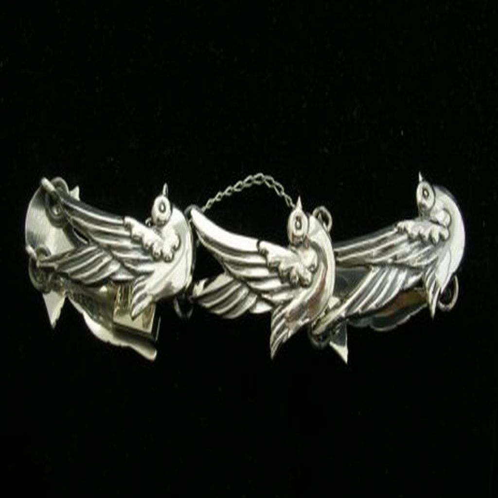950 Sterling Silver Bracelet, Doves Shapes