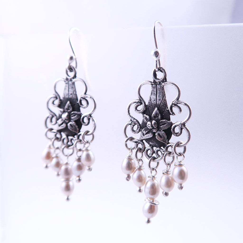 Mexican Silver Dangling Earrings with Pearls
