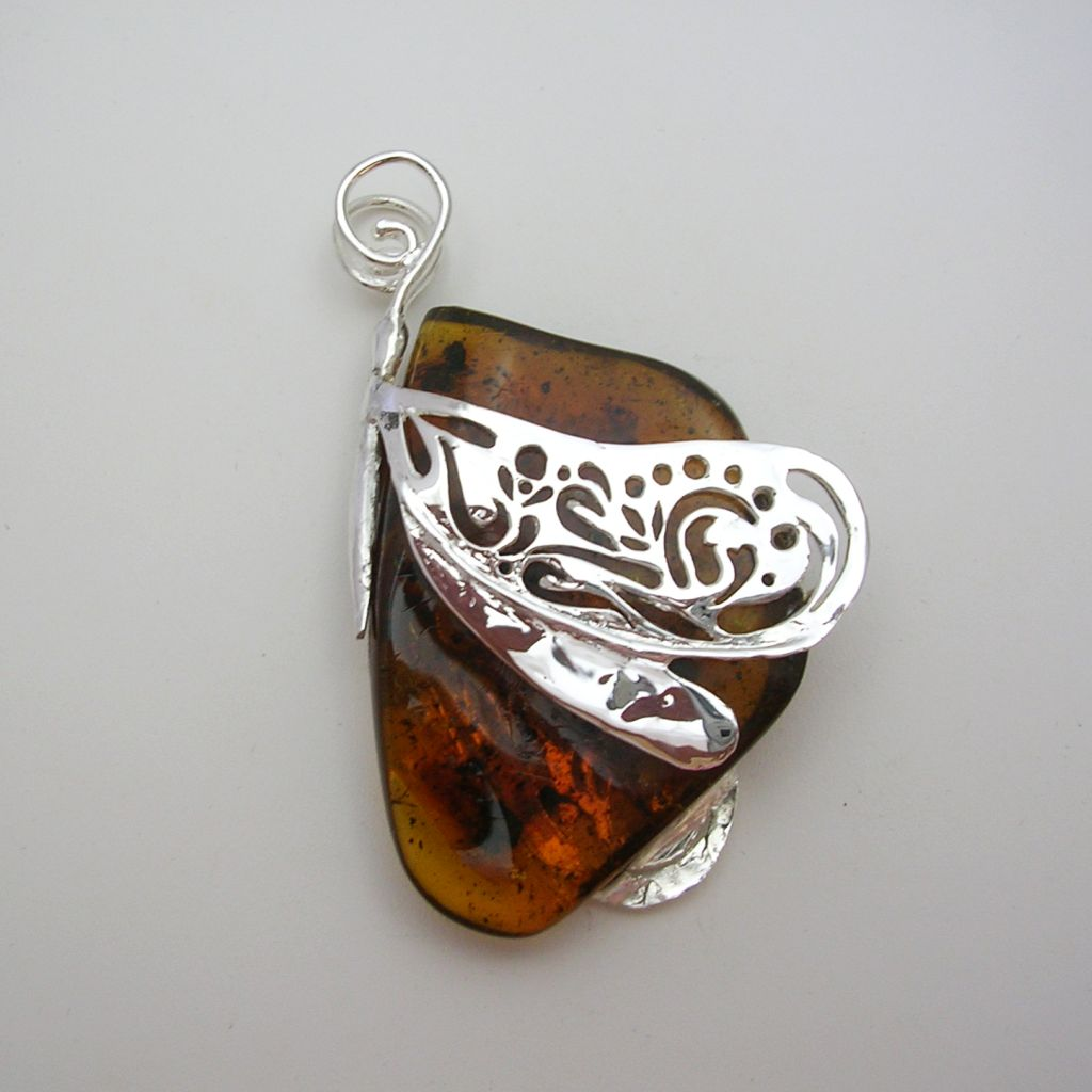 Gorgeous Mexican Silver-Amber Pendant